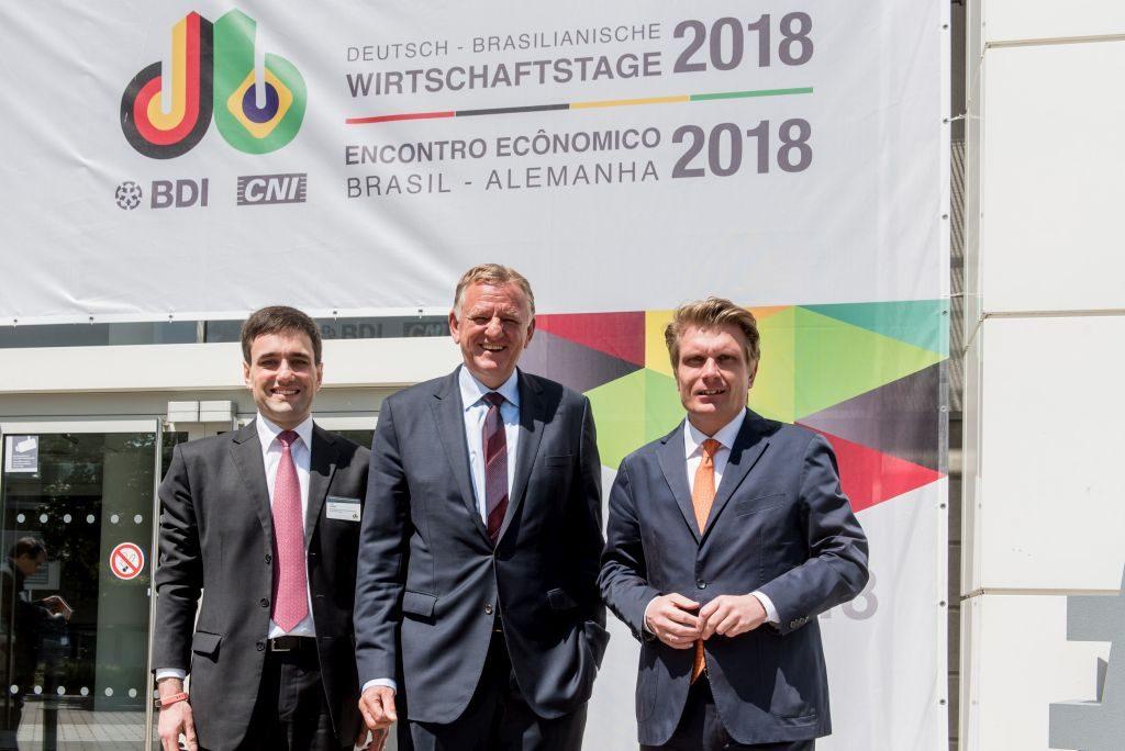 LADW-Geschäftsführer Rafael Haddad, LADW-Vorsitzender Andreas Renschler und Parlamentarischer Staatssekretär im BMWi Thomas Bareiß