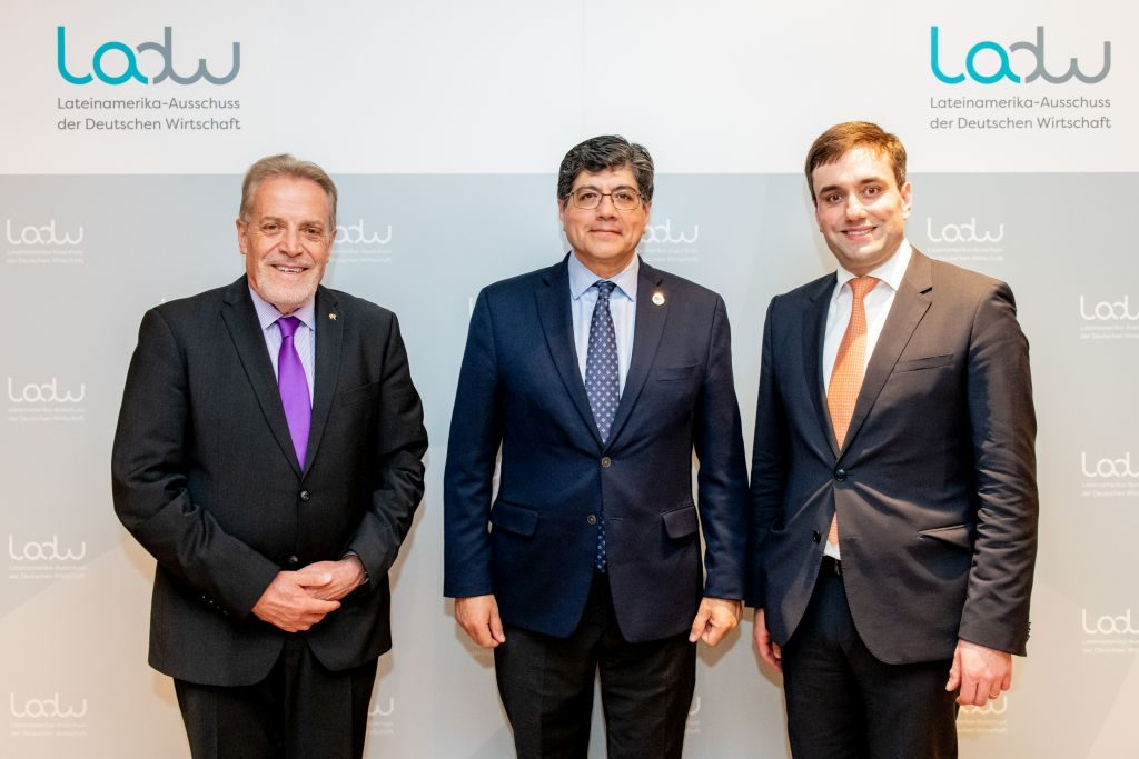 Ecuadors Außenminister José Valencia Amores