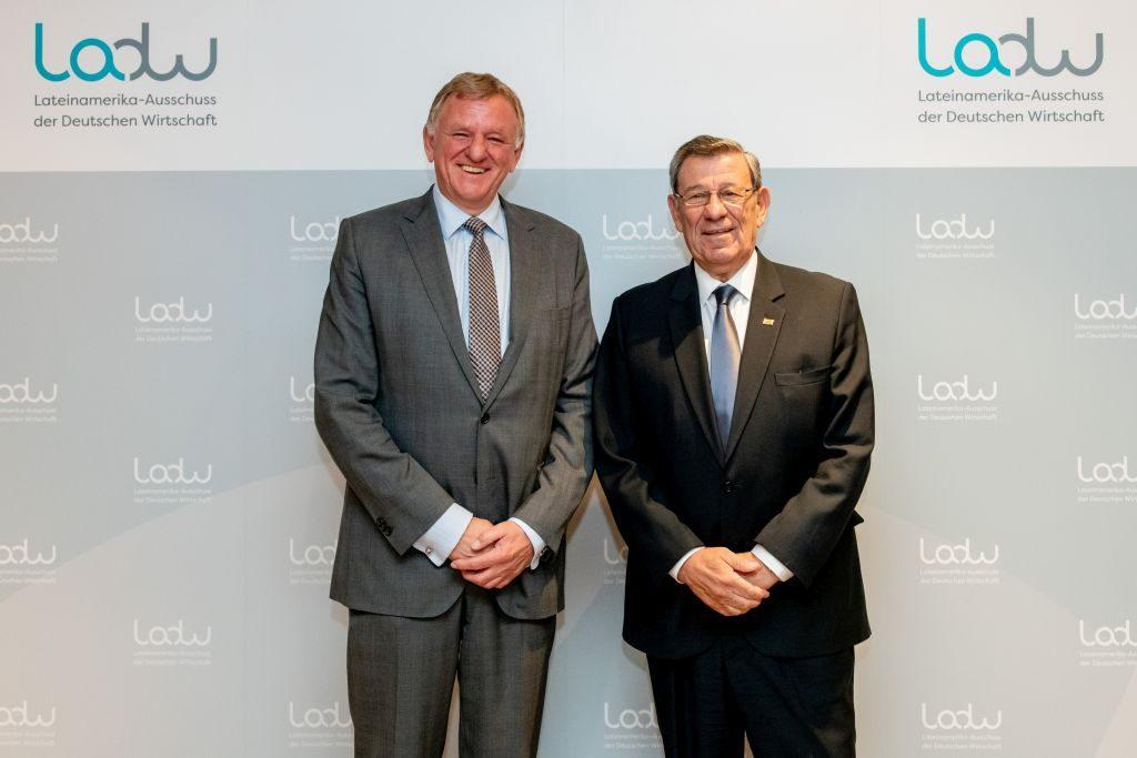 Uruguays Außenminister Rodolfo Nin Novoa