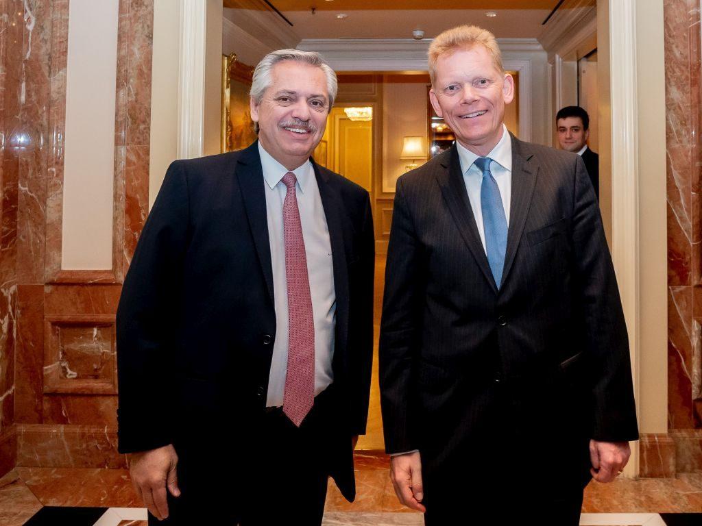 Präsident Fernández und der stellv. LADW-Vorsitzende Kerkhoff